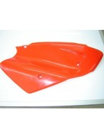 Tapa Lateral Der (Rojo) (LF250GY-7)